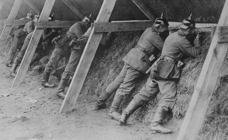 Soldados alemães defendendo a fronteira contra a Bélgica durante a Primeira Guerra Mundial. Devastação na Europa impediu a realização da Olimpíada de 1916 (Foto: Reprodução / US National Archives)