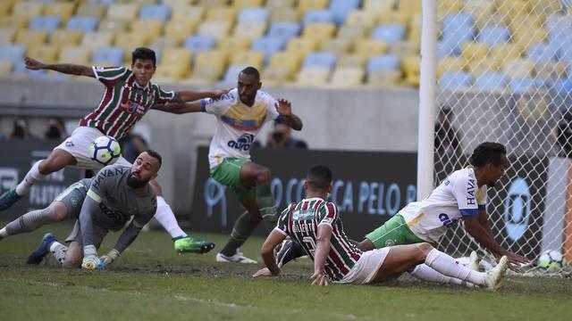 Pedro abre o placar para o Fluminense no Maracanã (Foto: André Durão)