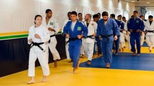Yuko comanda a seleção de judô brasileira. (Foto: Guillermo Rico / Photoway)